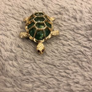 1950's Vintage Gerrys Turtle Pin, Broach Green/red
